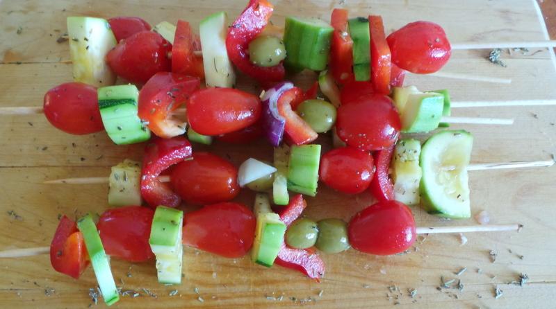 brochettes de légumes crues